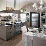 Кухня из коллекции English Mood, оснащенная профессиональным оборудованием, Minacciolo
